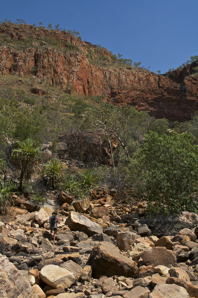 The walls in to Emma Gorge